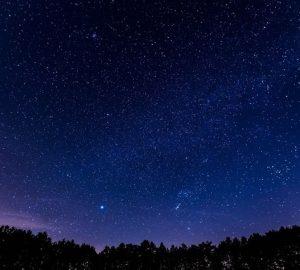 バリ島の新年、ニュピに満天の星空を眺め、宇宙の新年を共に過ごすスピリチュアルセミナー
